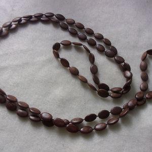 Jewelry - Bean bead necklace